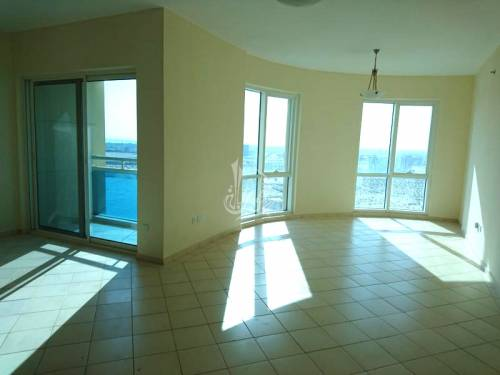 Beautiful 2BR Apt in Crescent Tower A IMPZ